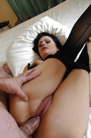 Italian pornstar Vittoria Vendetta taking hardcore anal sex in pantyhose
