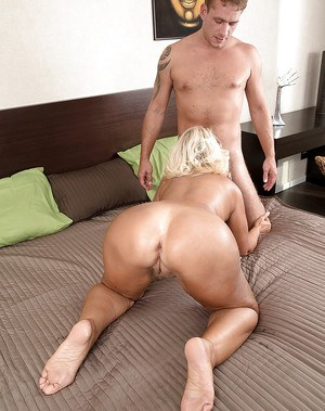 Agedlove mature lady hardcore fuck with handy guy 8