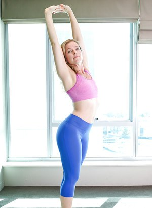 Hot yoga pant pictures