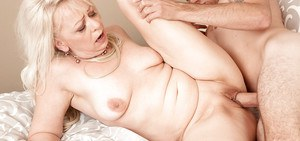 Over 50 mature MILF baring saggy tits before hardcore fucking of big cock