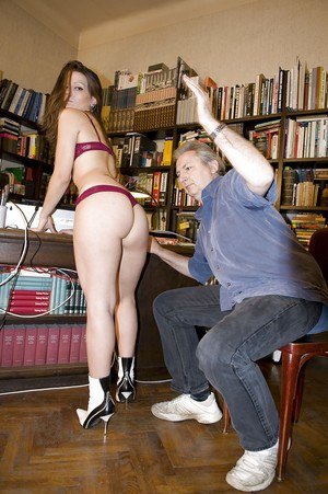 Amateur Larissa Gold bent over old man's knee for spanking before giving bj