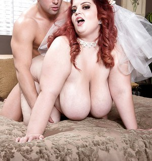 Tattooed obese bride Sashaa Juggs taking hardcore fucking on wedding night