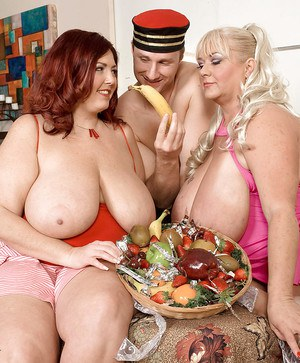 SSBBW feeders Peaches La Rue and Shugar giving bj and taking 3some cumshot