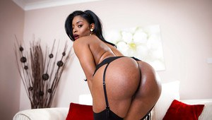 Black MILF Jasmine Webb displaying round and brown ass in stockings