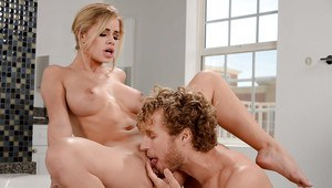 Busty wife Jessa Rhodes giving and receiving oral sex in bathroom