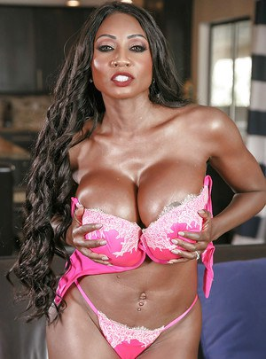 Leggy older ebony babe Diamond Jackson unleashing huge oiled tits