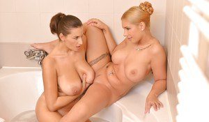 Busty moms Sensual Jane and Kyra Hot having lesbian sex in bathtub