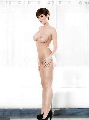 Leggy model Emily Addison loosing big boobs and ass to pose naked in heels