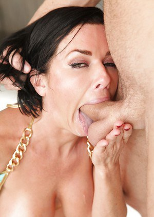 MILF pornstar Veronica Avluv displaying big hangers during face fucking