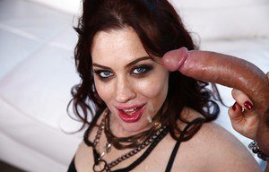 Redhead MILF Jessica Ryan taking cumshot on face after mouth fucking