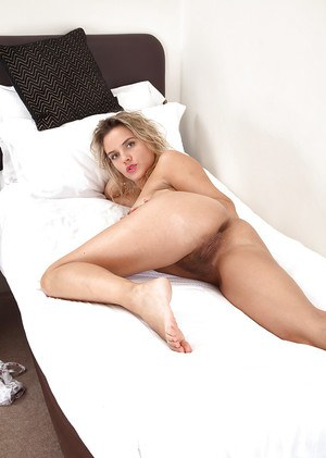 Dirty blonde chick Regina freeing hairy cunt from tights and panties