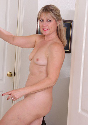 Mature with small tits masturbating