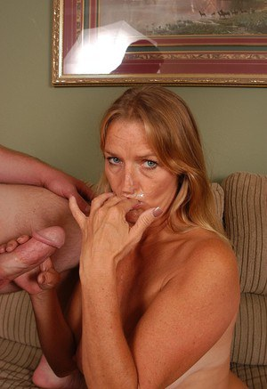 Older MILF Vickie eating sperm from fingers after blowing cock