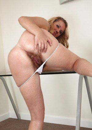 Mature Euro model Elle Macqueen releasing hairy snatch form jeans and panties