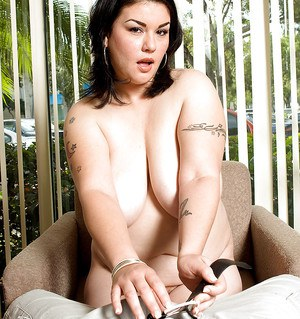 Tattooed brunette BBW Gwen Etoile tit fucking large penis during hardcore sex