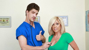 Blonde mom Parker Swayze exposing huge boobs and masturbating for male nurse
