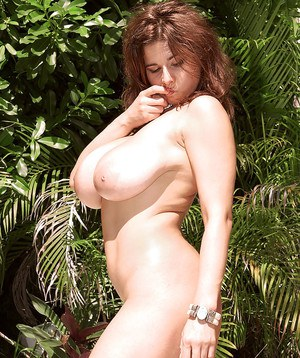 Big boobs woman, Chloe Vevrier, top nudity in the sun along slow fingering