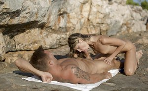Tattooed guy Gina Gerson makes love to slender tiny-titted babe outdoors