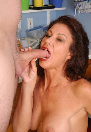 nude ladies sucking cock