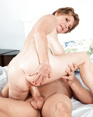 Mature broad Bea Cummins taking internal cumshot after fucking younger man