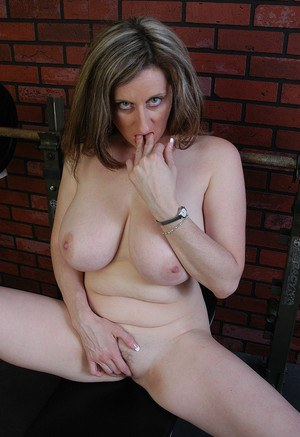 Sweet fatty Kitty seeks for sexual pleasure and teases her busty body and twat