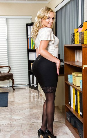 Blonde office doll Mia Malkova removes lingerie for a special solo play