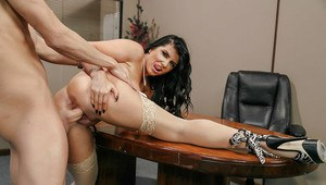 Big boobed boss woman Romi Rain unzipping for sex in office with subordinate