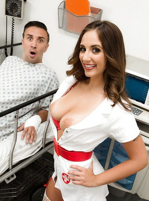 Teen nurse Layla London jacking hospital patient before giving oral sex favour