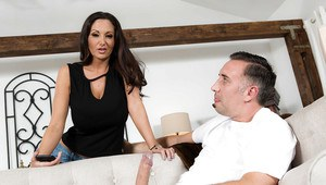 European MILF Ava Addams sporting jizz facial after blowing lengthy dick