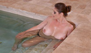 Cathy Heaven shows off wearing her hot bikini during a soft solo