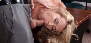 Fat mature bitch Laura Layne deepthroats cock and goes hardcore with a hot guy
