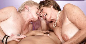 Grannies Bea Cummins and Jewel get together for double blowjob action