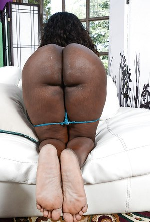 Black fatty Black Dahlia showing off big booty before parting of shaved pussy