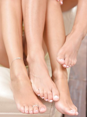 Barefoot Euro lesbos Vicky Love & Athina sucking each others toes