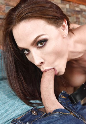 Stocking attired chick Chanel Preston seducing her man's best friend for sex