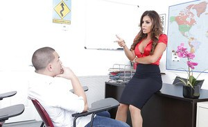 Hot MILF teacher Nikki Capone giving and receiving oral sex with student
