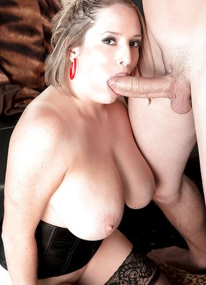 Busty Maggie Green faced with dealing monster dick between the lips