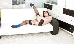 Brunette amateur Lexi Summers shows off spread twat in stockings and garters
