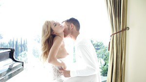 Latina ex-girlfriend Jessie Rogers having her cunt ate out before having sex