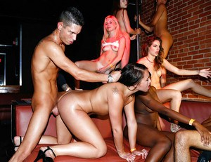 Group of party girl suck cock and eat pussy at swingers club