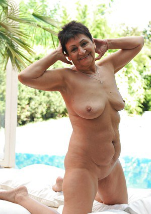 Pure moments of outdoor solo nudity along mature with saggy tits Anastasia