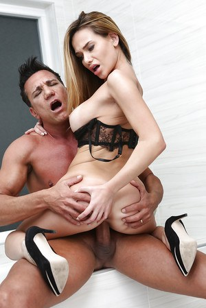 Busty blonde on high heels Subil Arch savage fucking with an older guy
