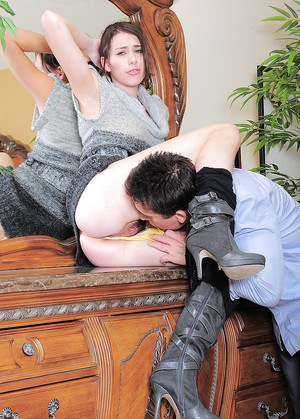 Brunette amateur Aubrey Lee stripped down to boots before hairy cunt banging
