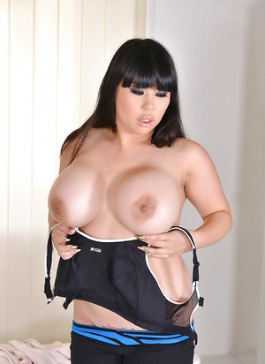 Asian with huge boobs mind blowing pissy solo masturbation XXX premiere