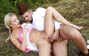 European girl fucks with her horny boyfriend outdoors takes cum in pussy