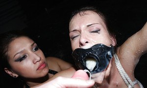 18 year old slut Jennifer Dark oozing jizz from mouth and pussy after bukkake