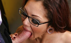 Glasses attired secretary Adrenalynn having her twat licked and fucked at work