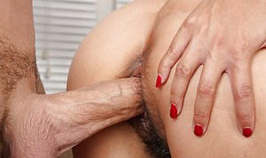 Asian amateur Lucky having her hair pulled during hairy cunt fucking