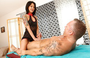 Asian masseuse Saya Song jerks and fucks her client after massage