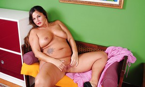 Overweight mature dame Stephanie is not shy about taking off her clothes